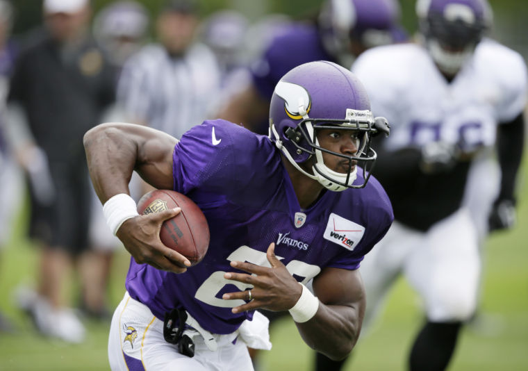 adrian-peterson-2014-camp