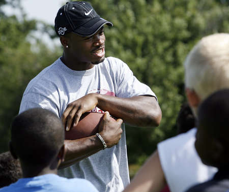 Adrian Peterson Football Camp For Kids